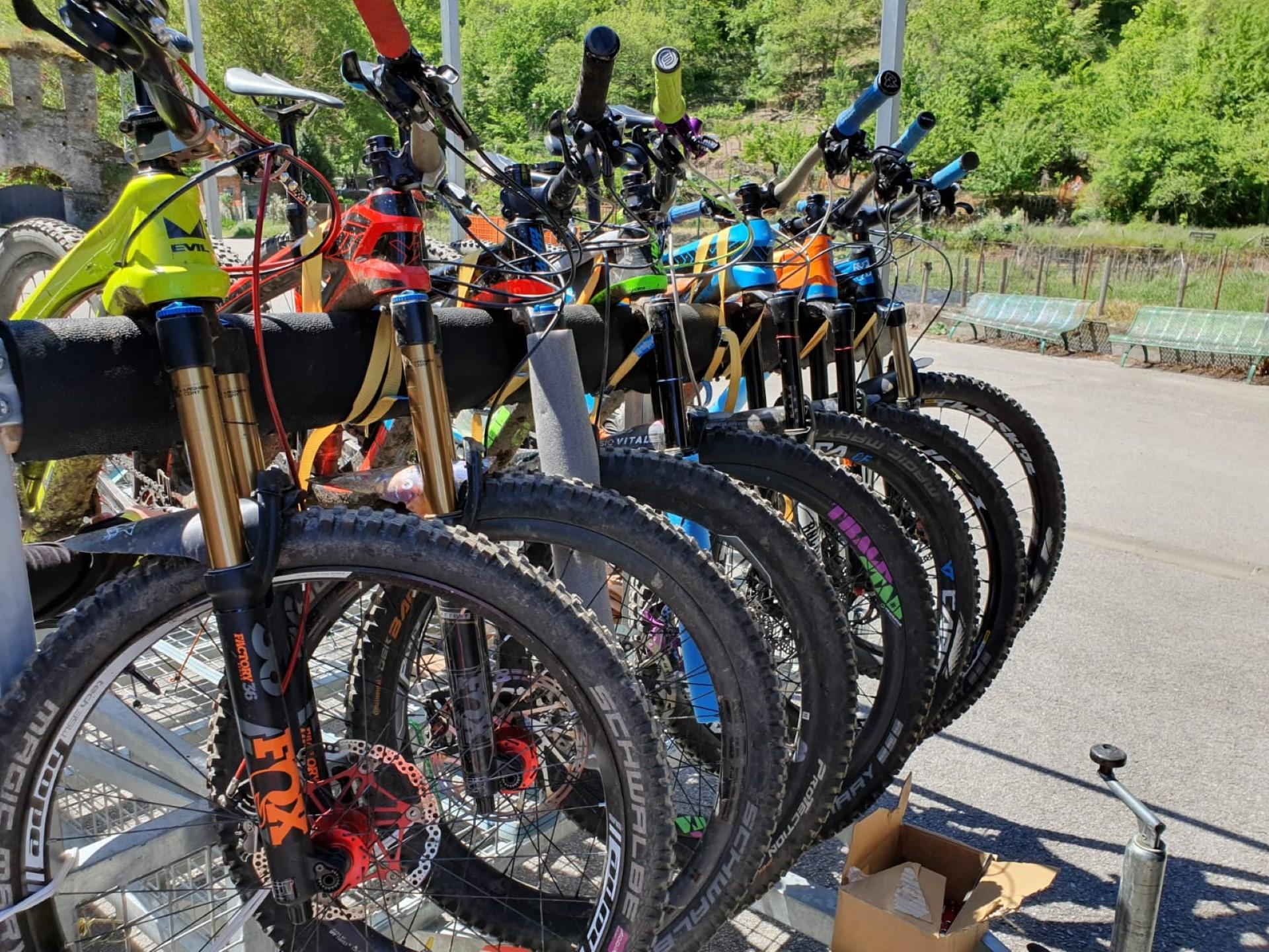 ruta de enduro en bicicleta de btt